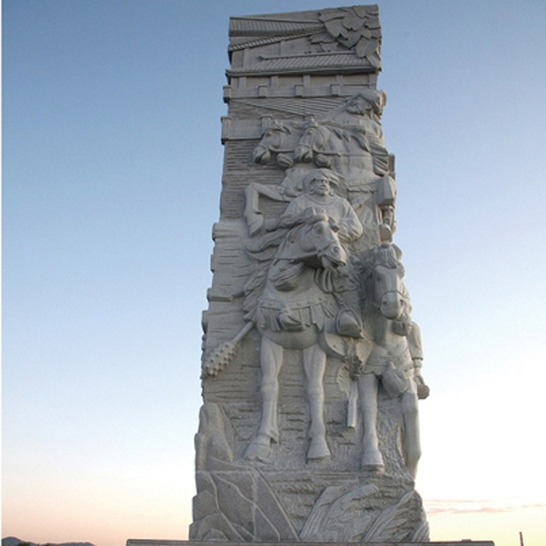 广场雕塑体现了城市的文化魅力
