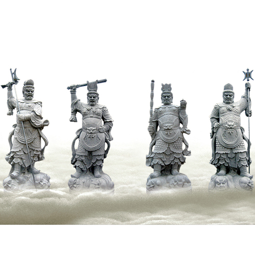 寺庙四大天王雕像