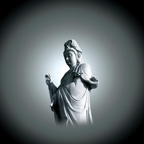 寺庙雕刻观音雕像