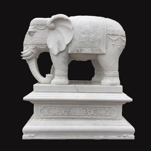 寺庙雕刻大象雕像