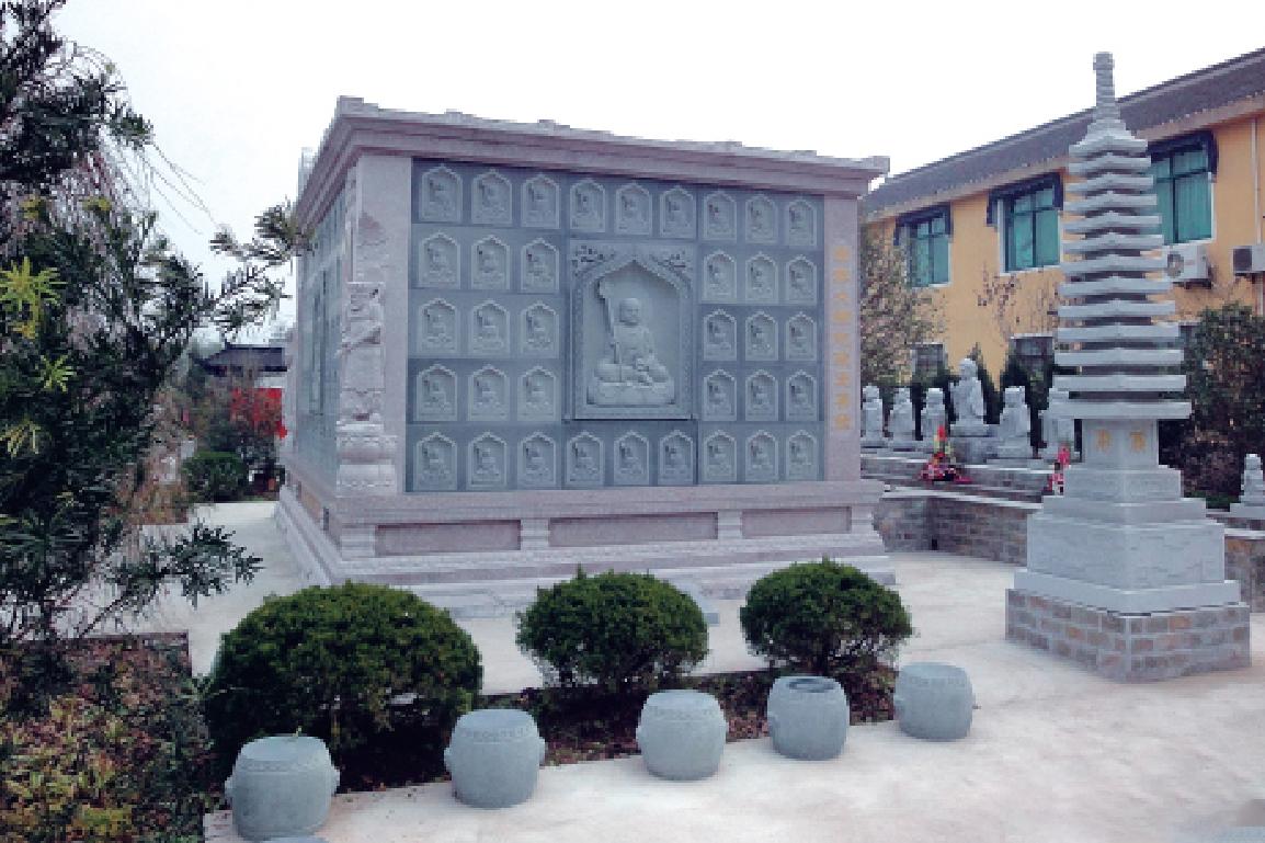 寺庙雕刻.jpg